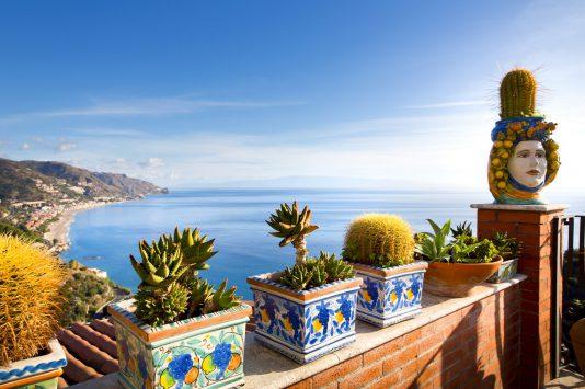 Capri and amalfi coast - iStock-498833647
